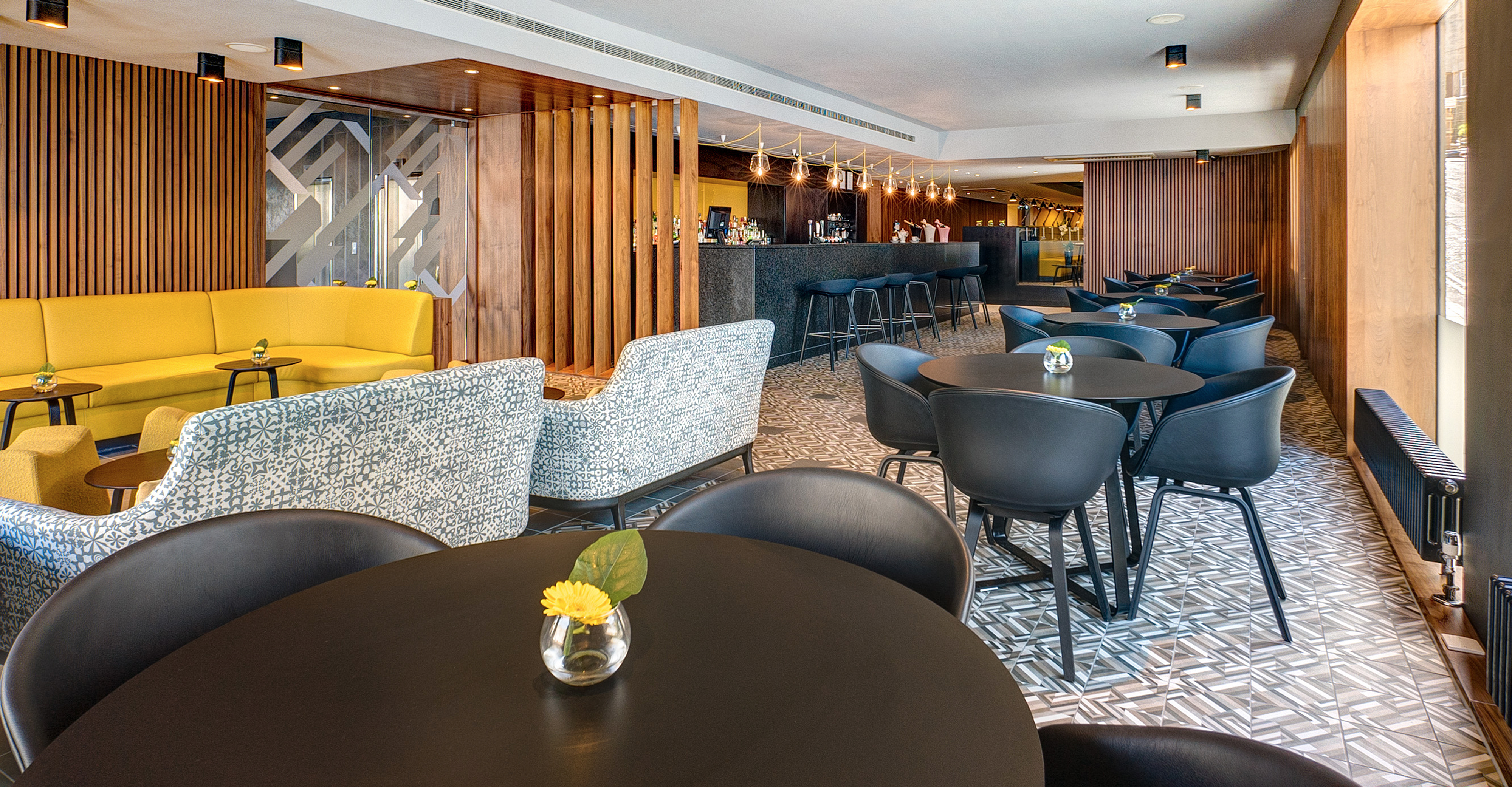 apex-hotel-edinburgh-moleta-munro-lights-chairs-furniture-international